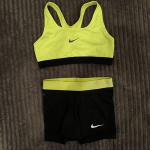 Nike work out training set